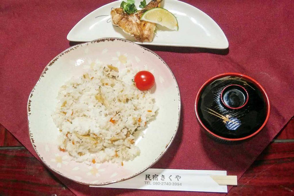 季節の郷土寿司作り
