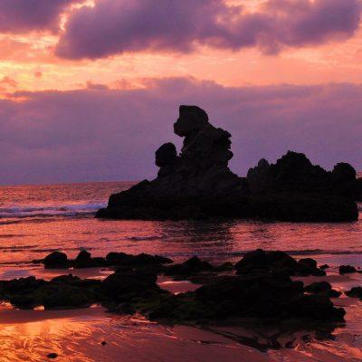 人形岩 - 西方海岸